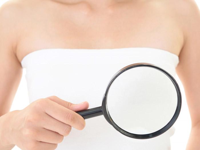 胸のしこりは『乳腺嚢胞』